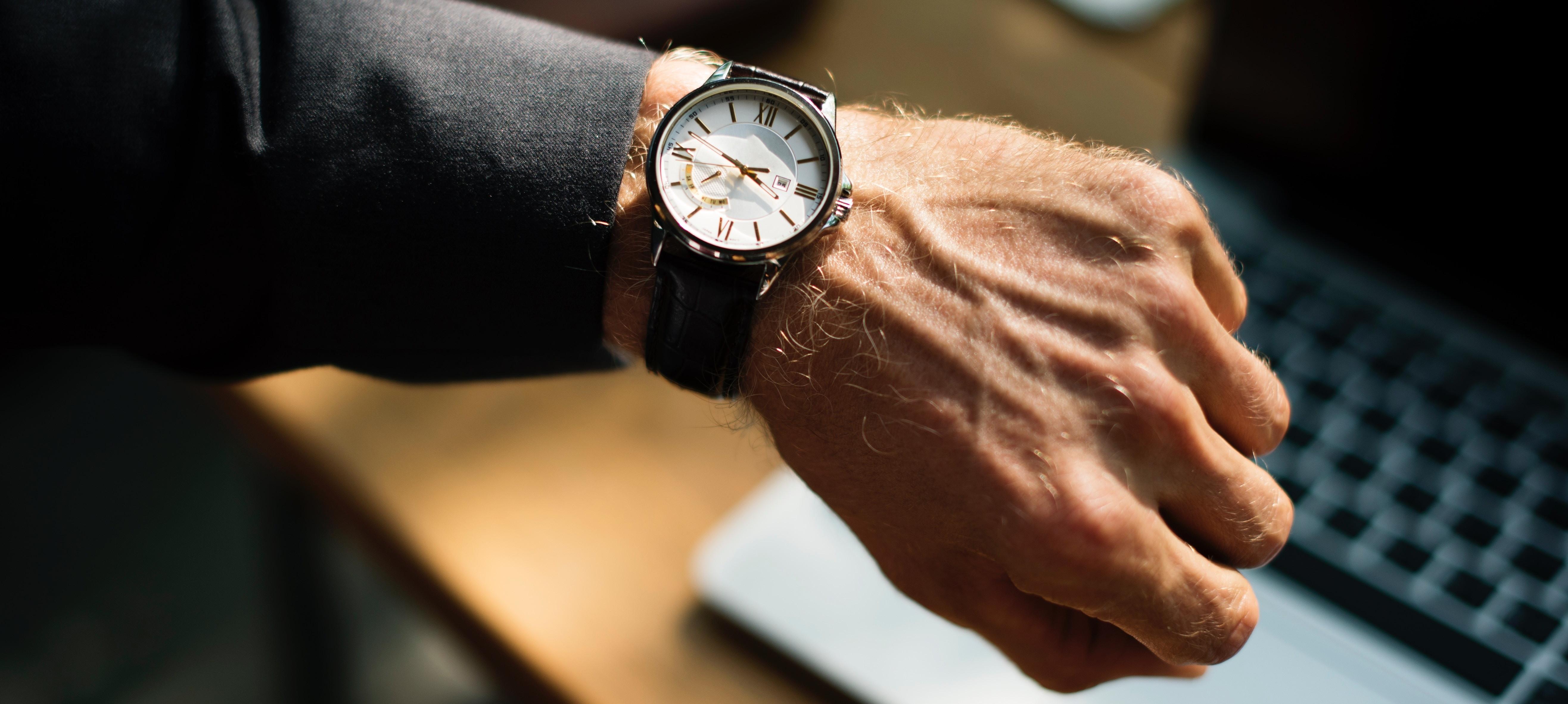 O tempo é um dos principais recursos de quem quer empreender. Saber quais os atalhos para otimizá-lo é uma das chaves do sucesso. (Foto: Unsplash)